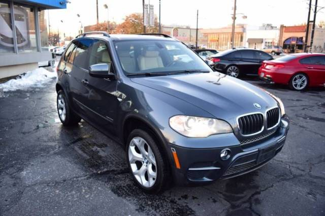 2013 BMW X5 (Gray/Beige)