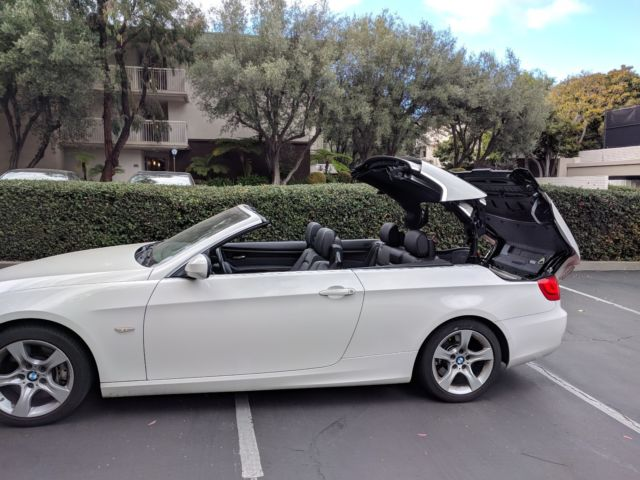 2012 BMW 3-Series (White/Black)