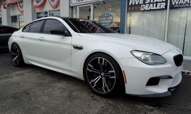2014 BMW M6 (White/Black)