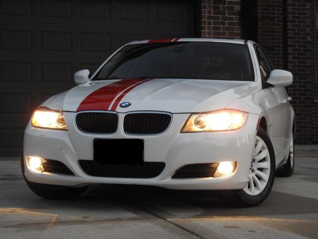 2009 BMW 3-Series (White/Black)