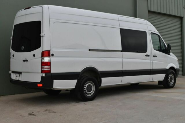 2012 Mercedes-Benz Sprinter (White/Gray)