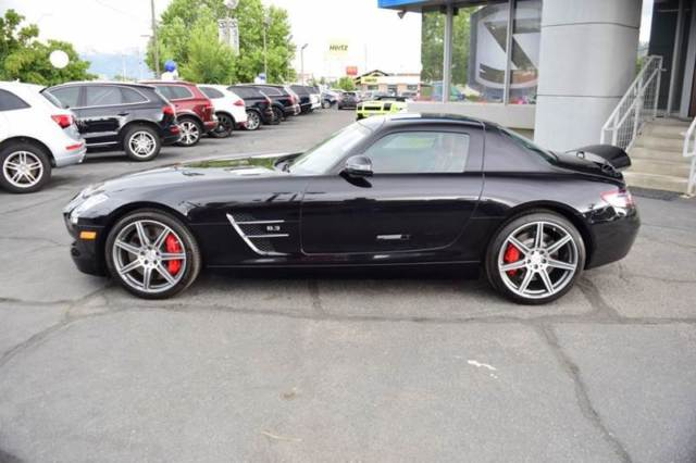 2012 Mercedes-Benz SLS AMG (Black/Red)