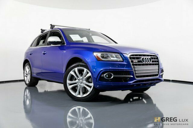 2015 Audi SQ5 (Blue/Black)