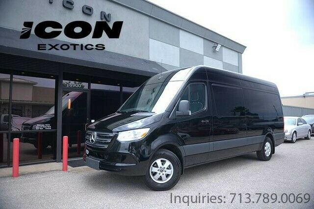 2019 Mercedes-Benz Sprinter (Black/Black)