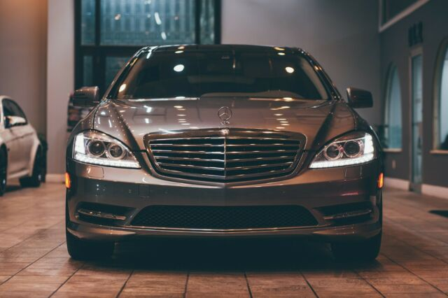 2012 Mercedes-Benz S-Class (PALLADIUM SILVER METALLIC/Gray)
