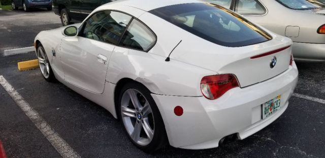 2007 BMW Z4 (White/Red)