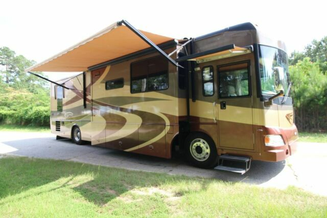 2006 ITASCA ELLIPSE (Tan/--)