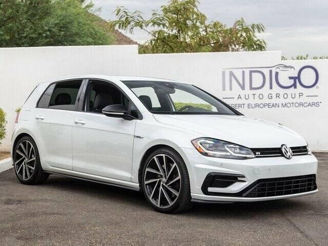 2018 Volkswagen Golf R (White/Black)