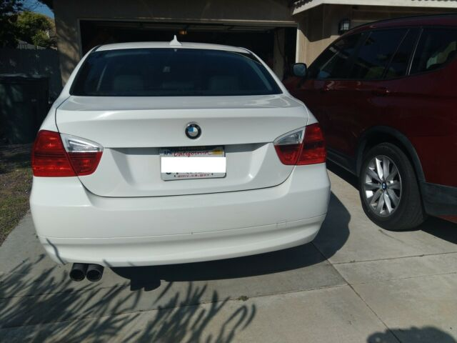 2008 BMW 3-Series (White/Black)