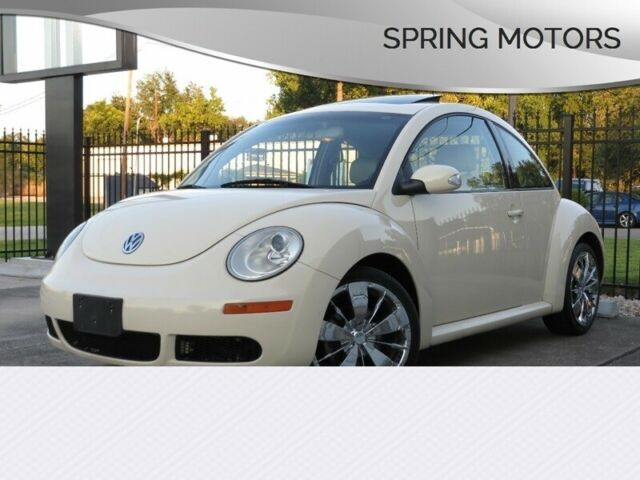 2008 Volkswagen Beetle-New (Cream/Beige)