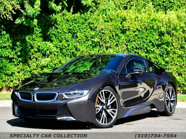 2016 BMW i8 (Gray/Black)
