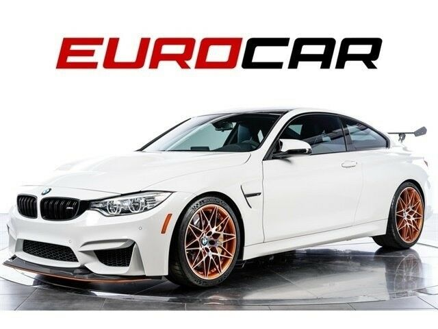 2016 BMW M4 (Alpine White/Black)