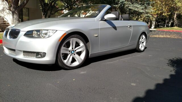 2009 BMW 3-Series (Silver/Black)