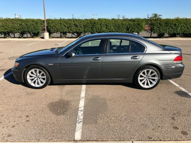 2008 BMW 7-Series (Gray/Black)