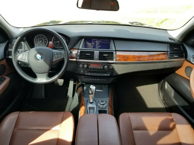 2013 BMW X5 (Black Sapphire Metallic/Cinnamon Brown)