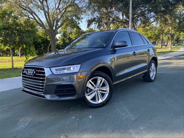 2018 Audi Q3 Quattro (Gray/Black)