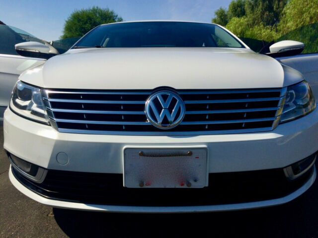 2015 Volkswagen CC (Pure White/Black Leatherette)