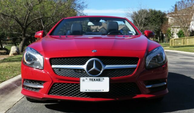 2013 Mercedes-Benz SL-Class (Red/Black)