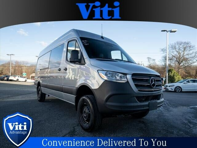 2019 Mercedes-Benz Sprinter (Silver/--)