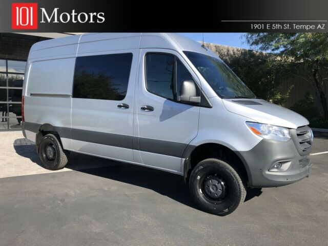 2019 Mercedes-Benz Sprinter Cargo 4X4 (Silver/Black)