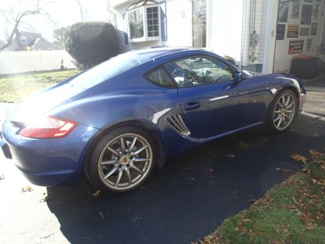 2007 Porsche Cayman (Blue/Black)