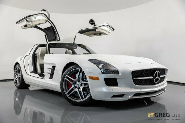 2013 Mercedes-Benz SLS AMG (White/Black)