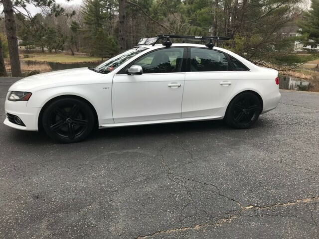 2011 Audi S4 (Ibis White/Reddish brown on black)