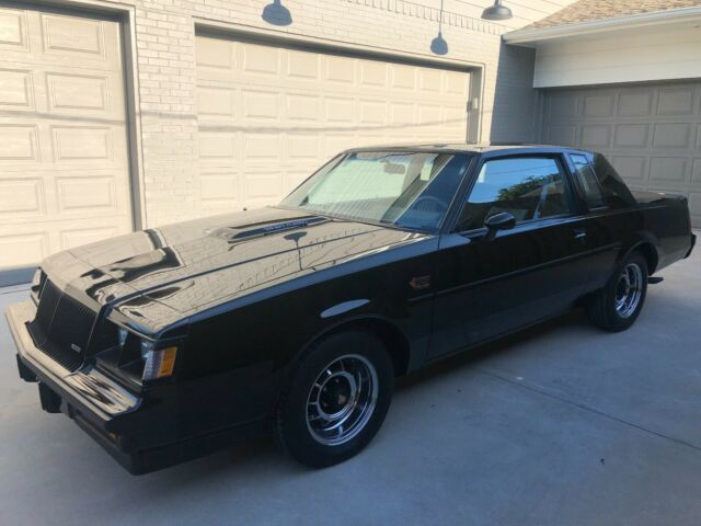 1987 Buick Grand National (Black/Gray)