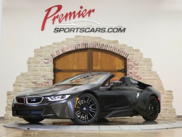 2019 BMW i8 (Gray/Brown)