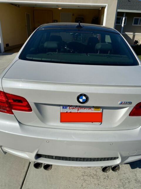 2011 BMW M3 (Mineral White/Black)