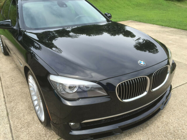 2011 BMW 7-Series (Black/Black)