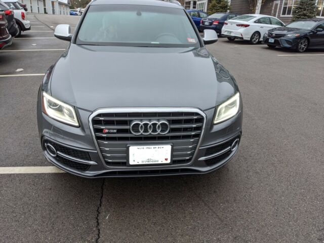 2015 Audi SQ5 (Gray/Black Nappa Leather)