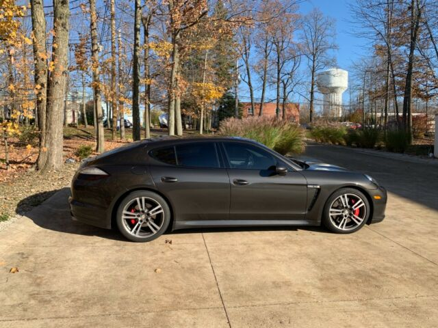 2012 Porsche Panamera (Gray/Brown)