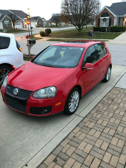 2007 Volkswagen GTI (Red/Black)