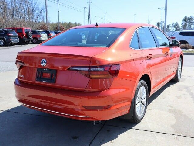 2019 Volkswagen Jetta (Orange/Black)