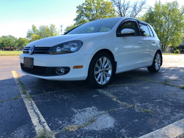 2012 Volkswagen Golf (White/Black)