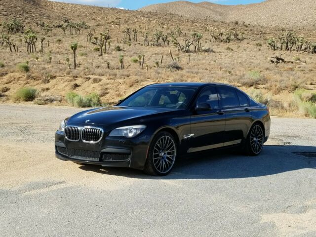 2010 BMW 7-Series (Black/Black)