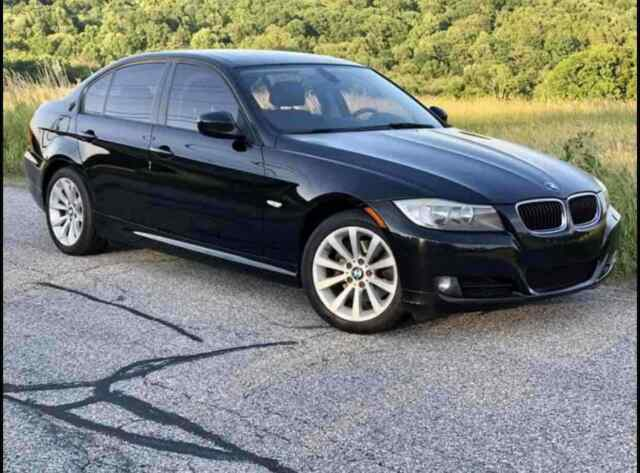 2011 BMW 328i xDrive (Black/Black)
