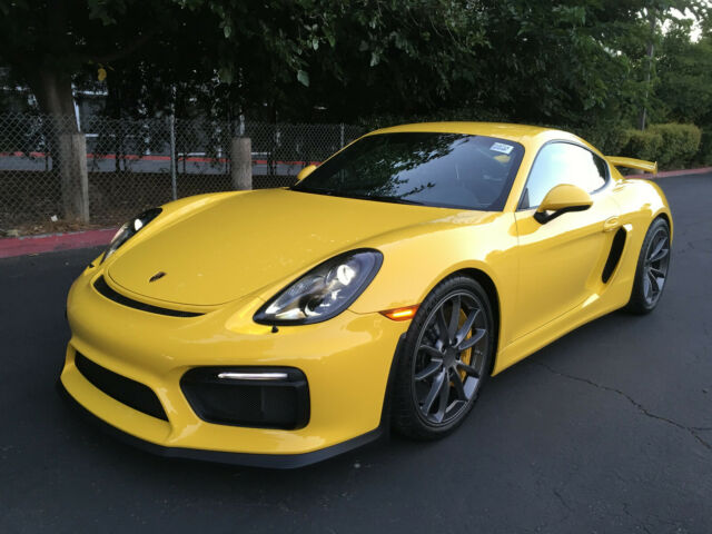 2016 Porsche Cayman (Yellow/Black)