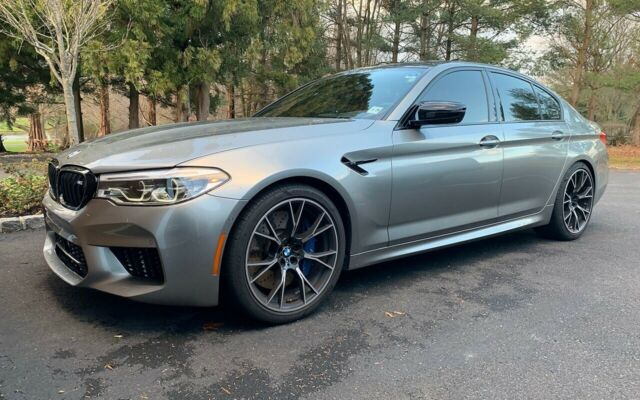 2019 BMW M5 (Gray/Brown)